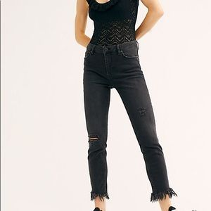 Free People Black Great Heights Frayed Jeans. Sz 8